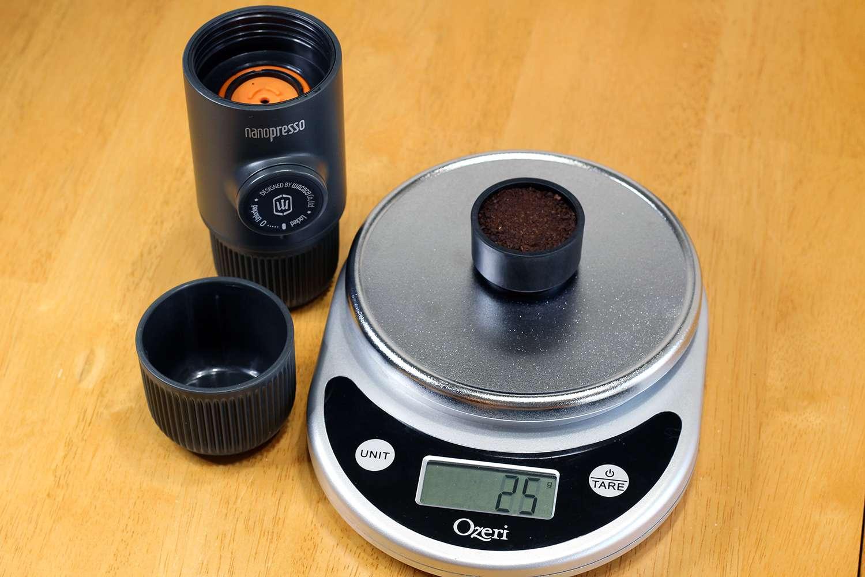 wacaco-nanopresso-coffee-scale