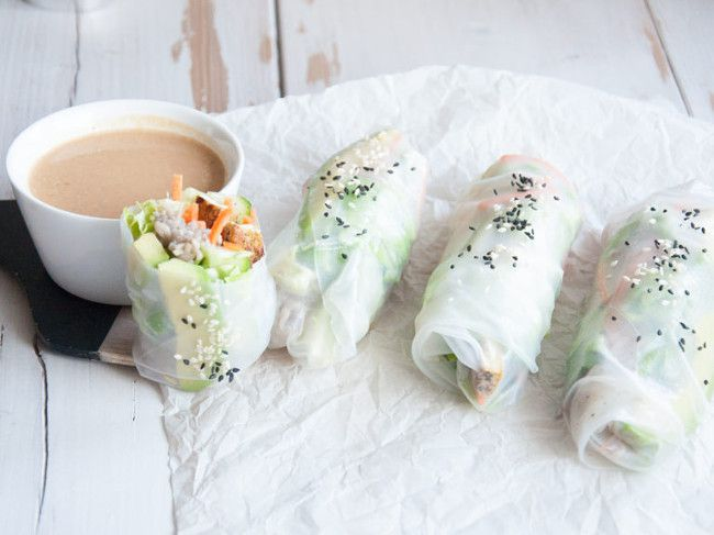 Soba Noodles Summer Rolls with Peanut Butter Dip