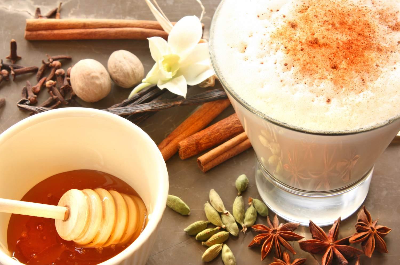 Iced creamy chai latte