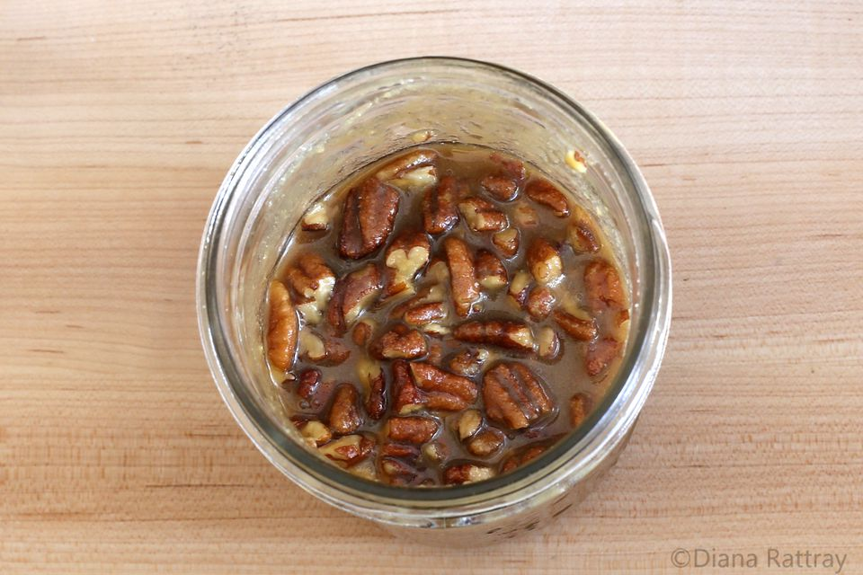 Praline Sauce With Pecans