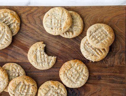Cinnamon Ghoribas: Easy Cinnamon Cookie Recipe