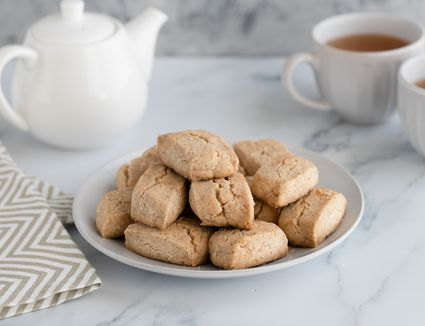 Spanish almond cookies recipe