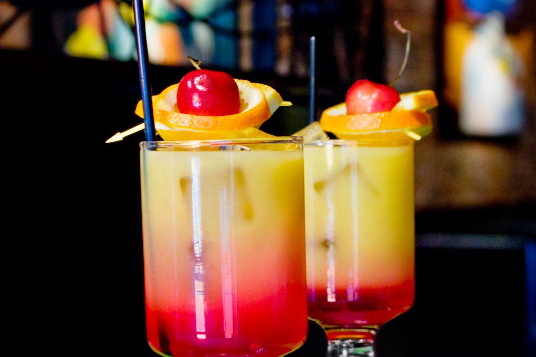 Popular Tequila Sunrise Cocktail Recipe