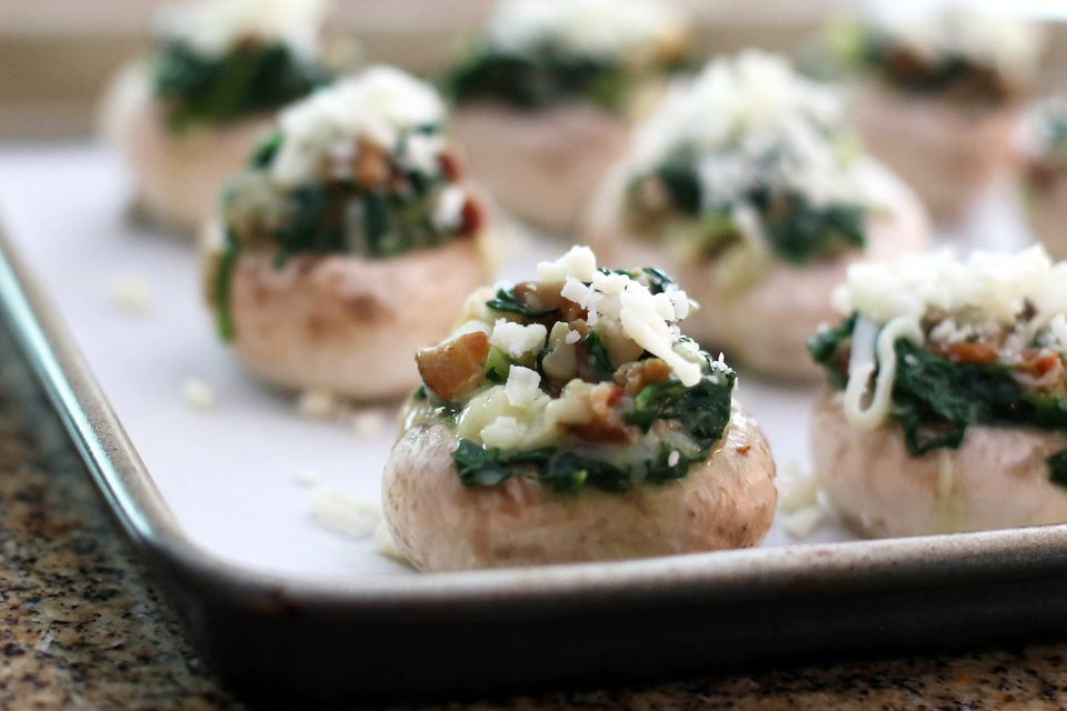 Stuffed Mushrooms With Spinach and Ham