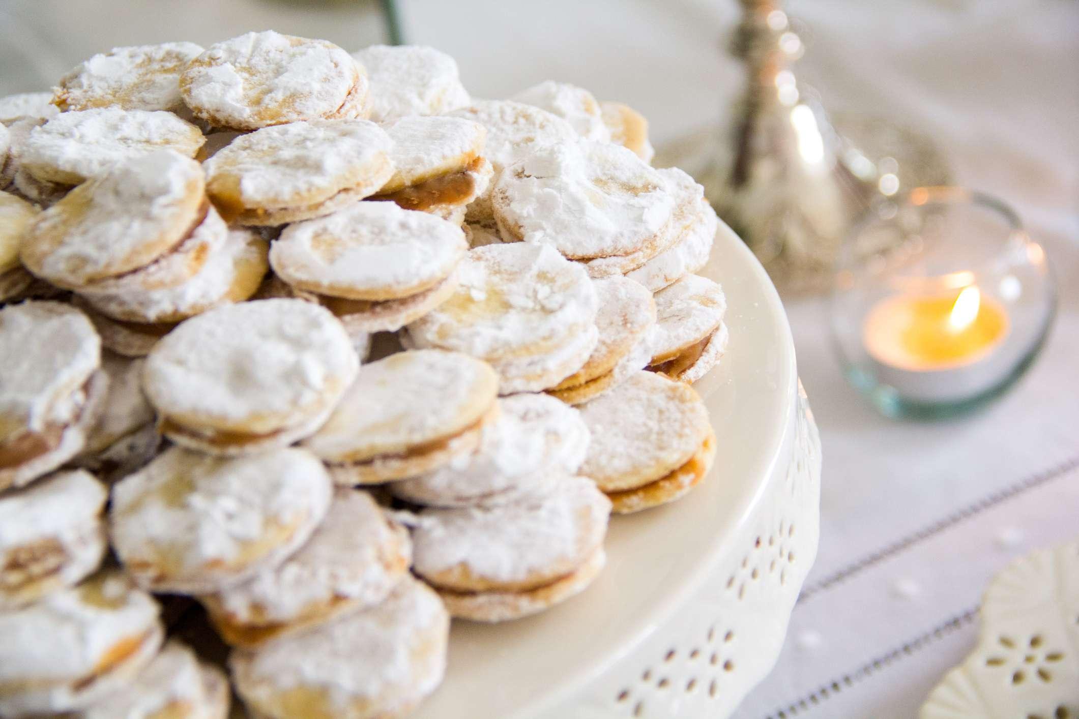 Holiday Alfajor Cookies