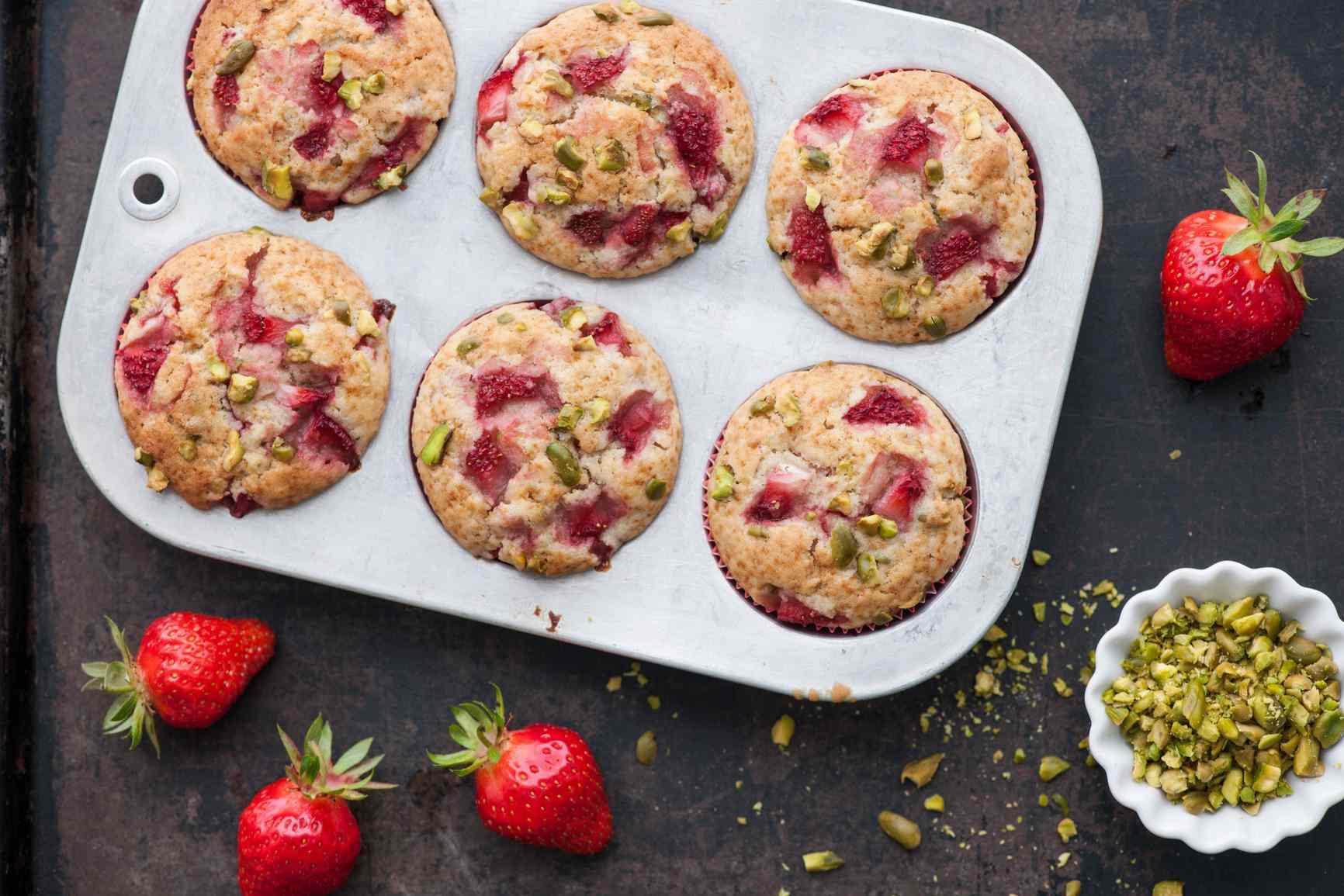 strawberry pistachio breakfast muffins
