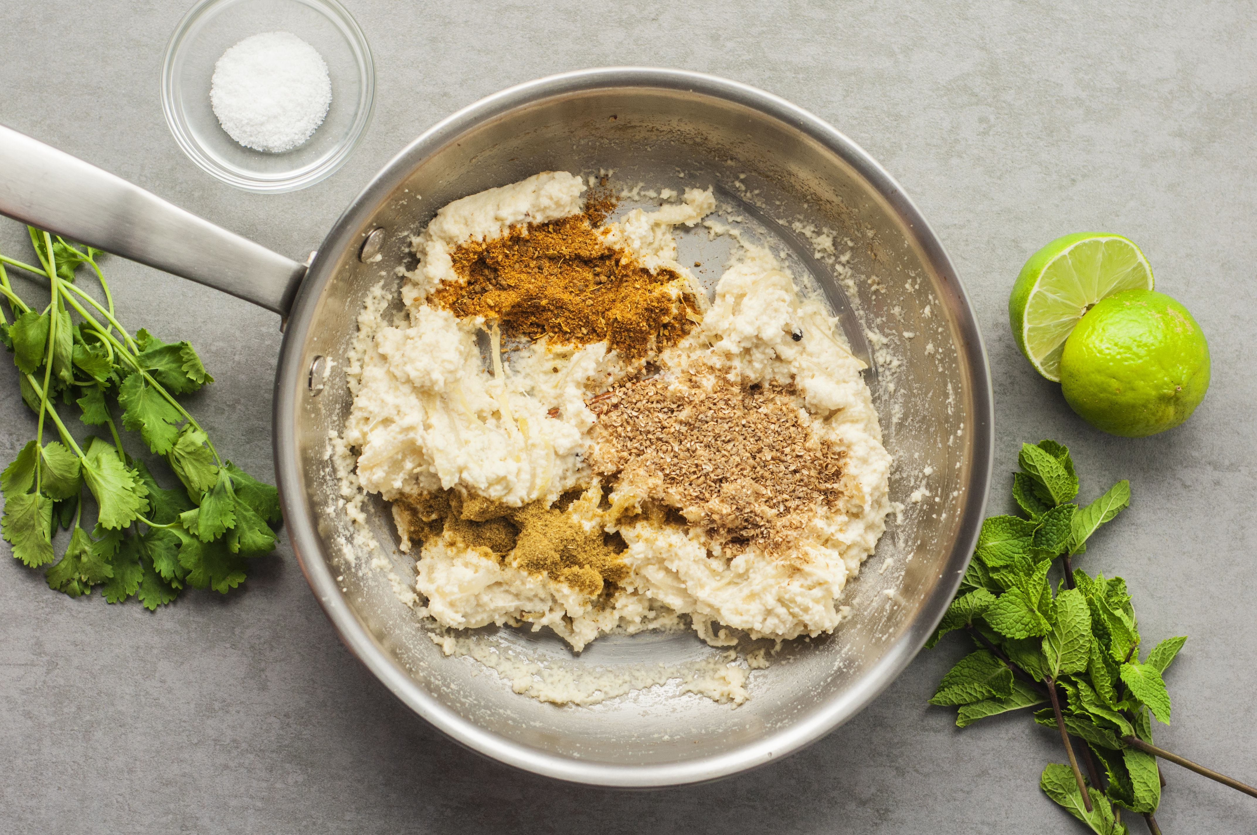 Add spice powders to mixture