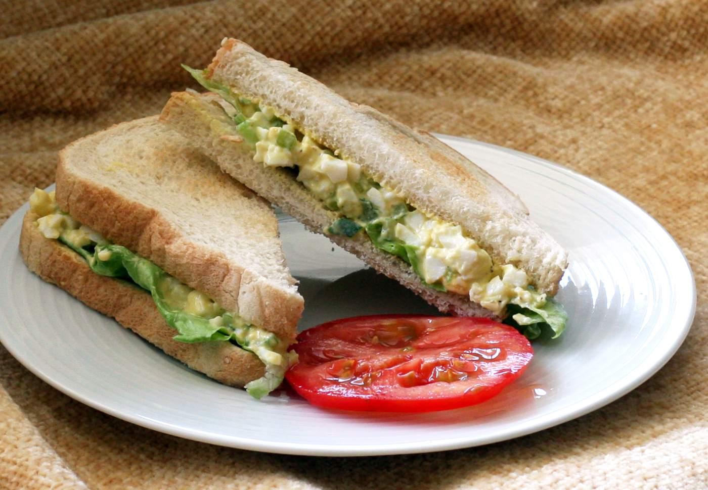 Simple Egg Salad Sandwiches