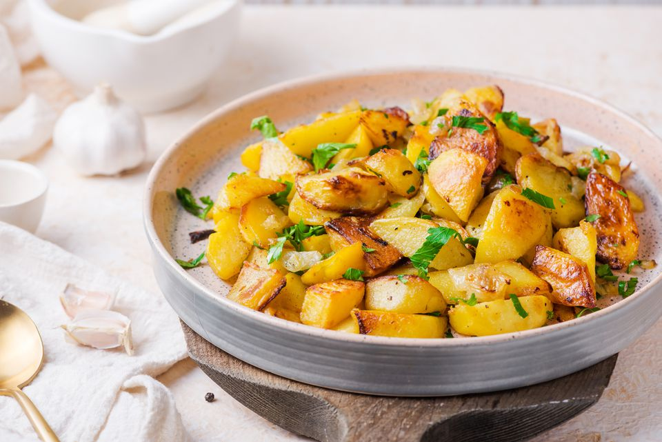 Crispy oven fried baked potatoes