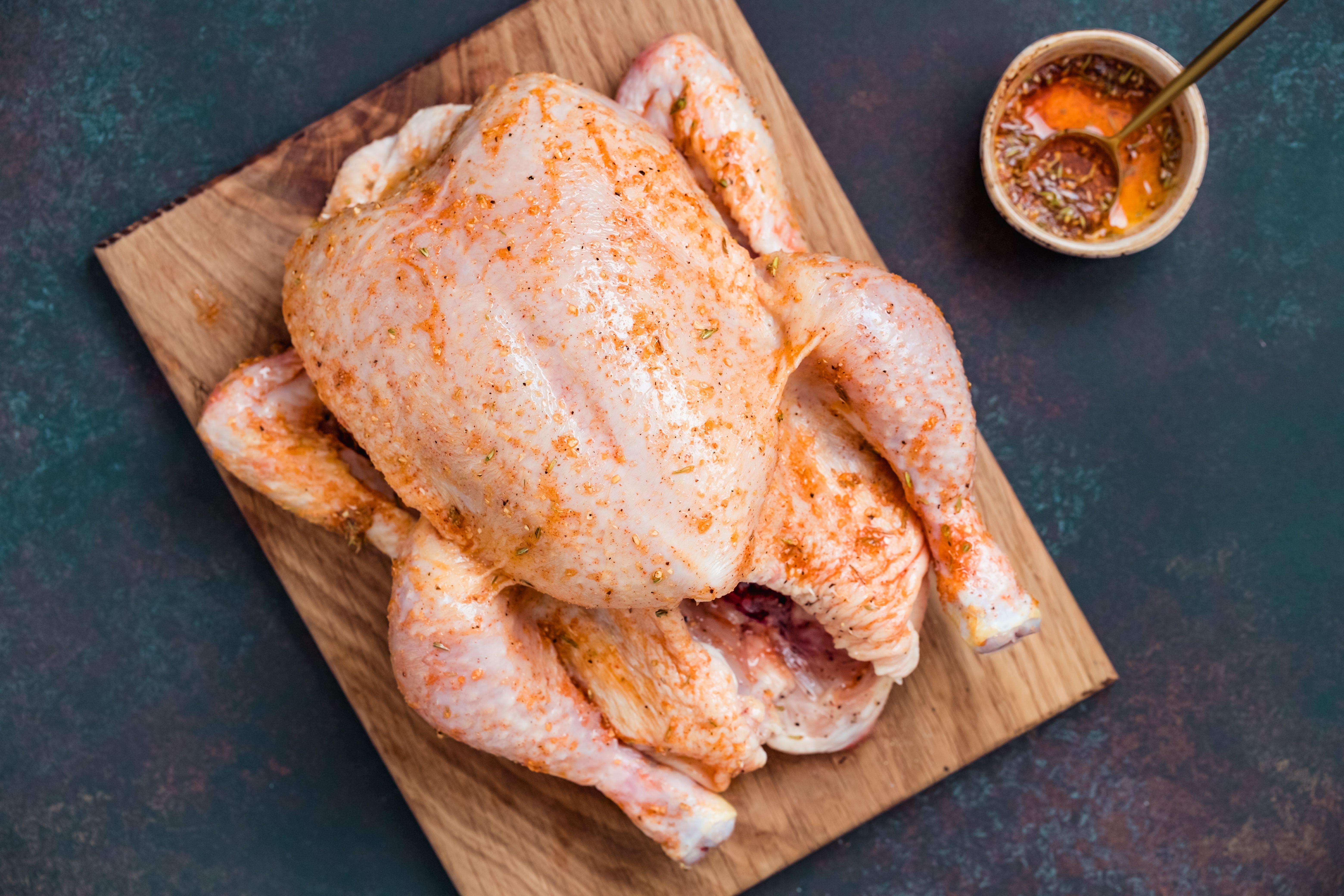 Put sauce on chicken