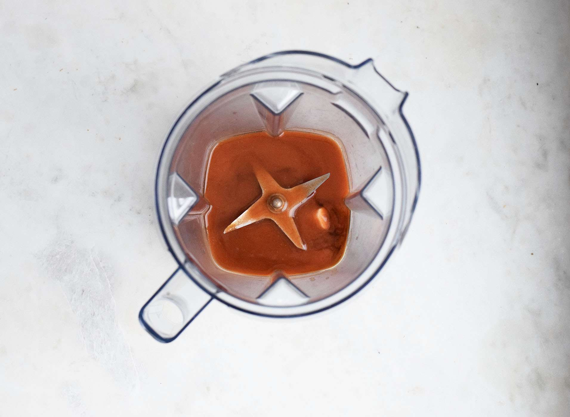 wing sauce ingredients in a blender