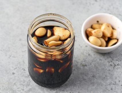 Manul Changachi: Korean Pickled Garlic