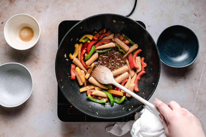 Stir pepper