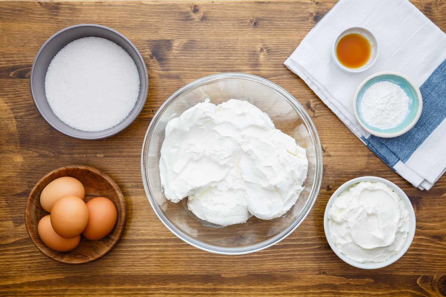 Ingredients for cheesecake filling