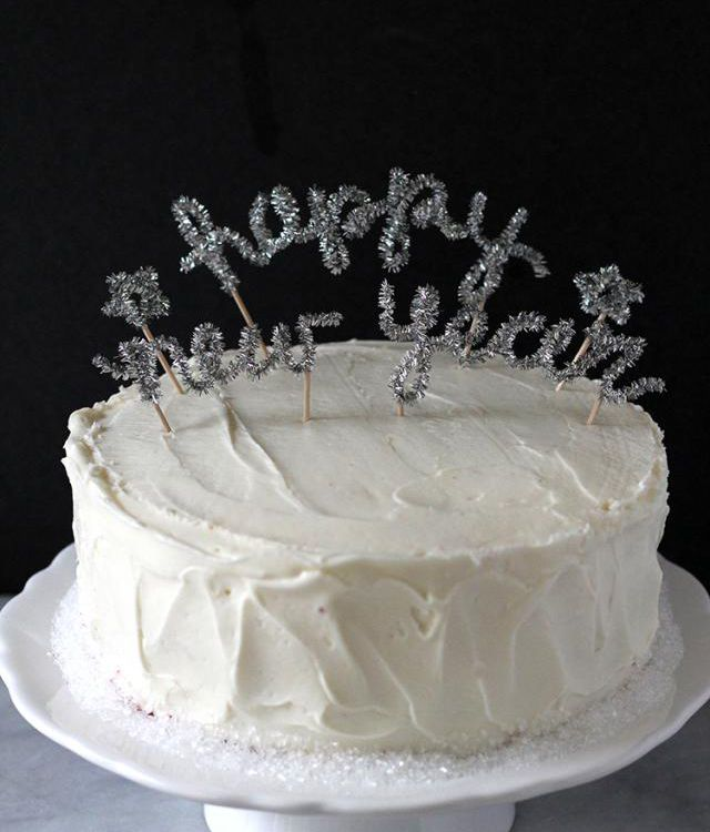 New Year S Eve Cake Or Cupcake Ideas