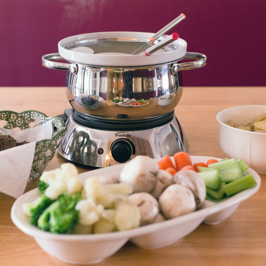 Trudeau Alto 3-in-1 Electric Fondue Set