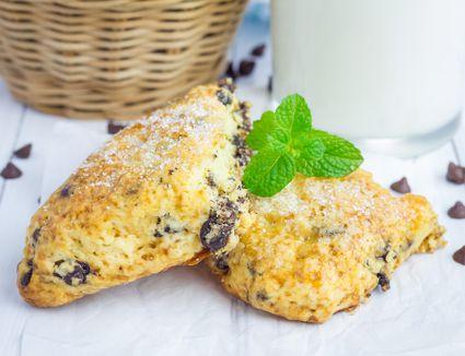 Vegan chocolate chip scones