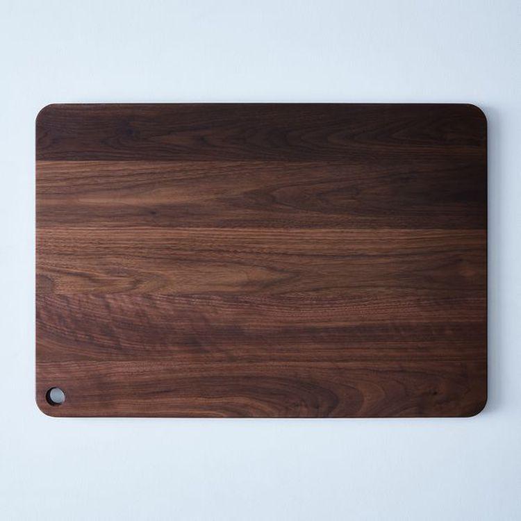 magnus-design-walnut-cheese-board