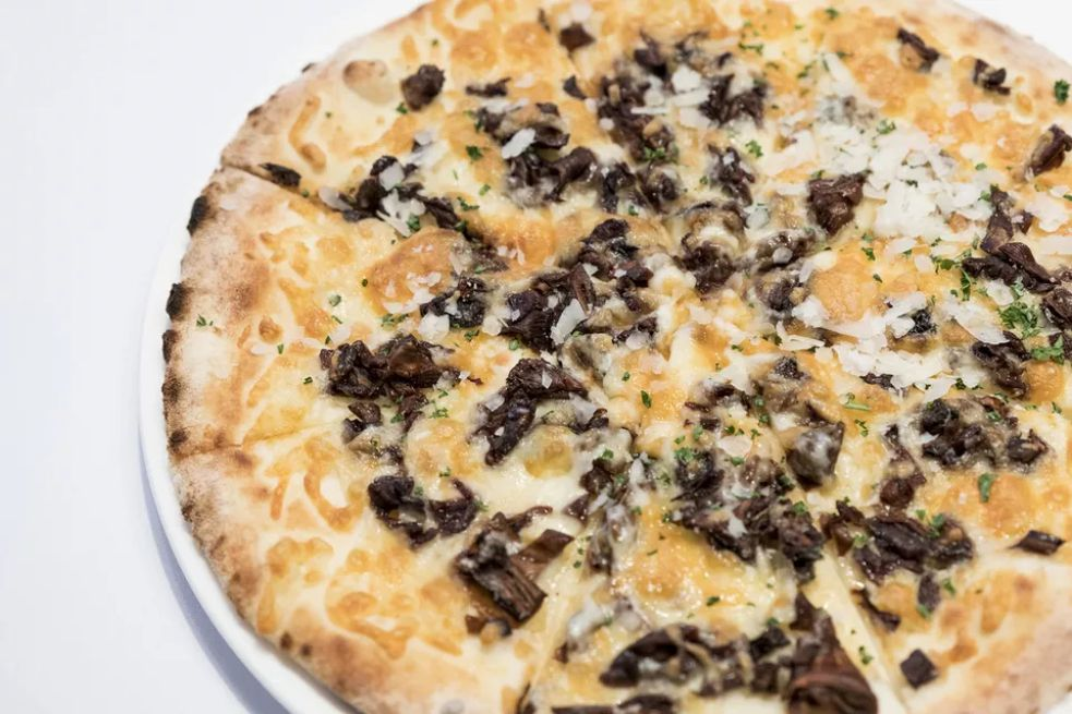 Mushroom Pizza With Roasted Garlic and Mint