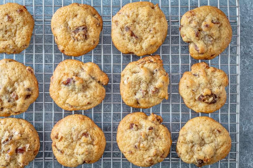 date cookies with pecans
