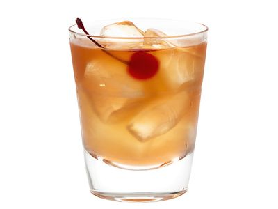 Old Fashioned Tail Recipe The Whiskey Clic Rye Hold Garbage Image Of Fashion