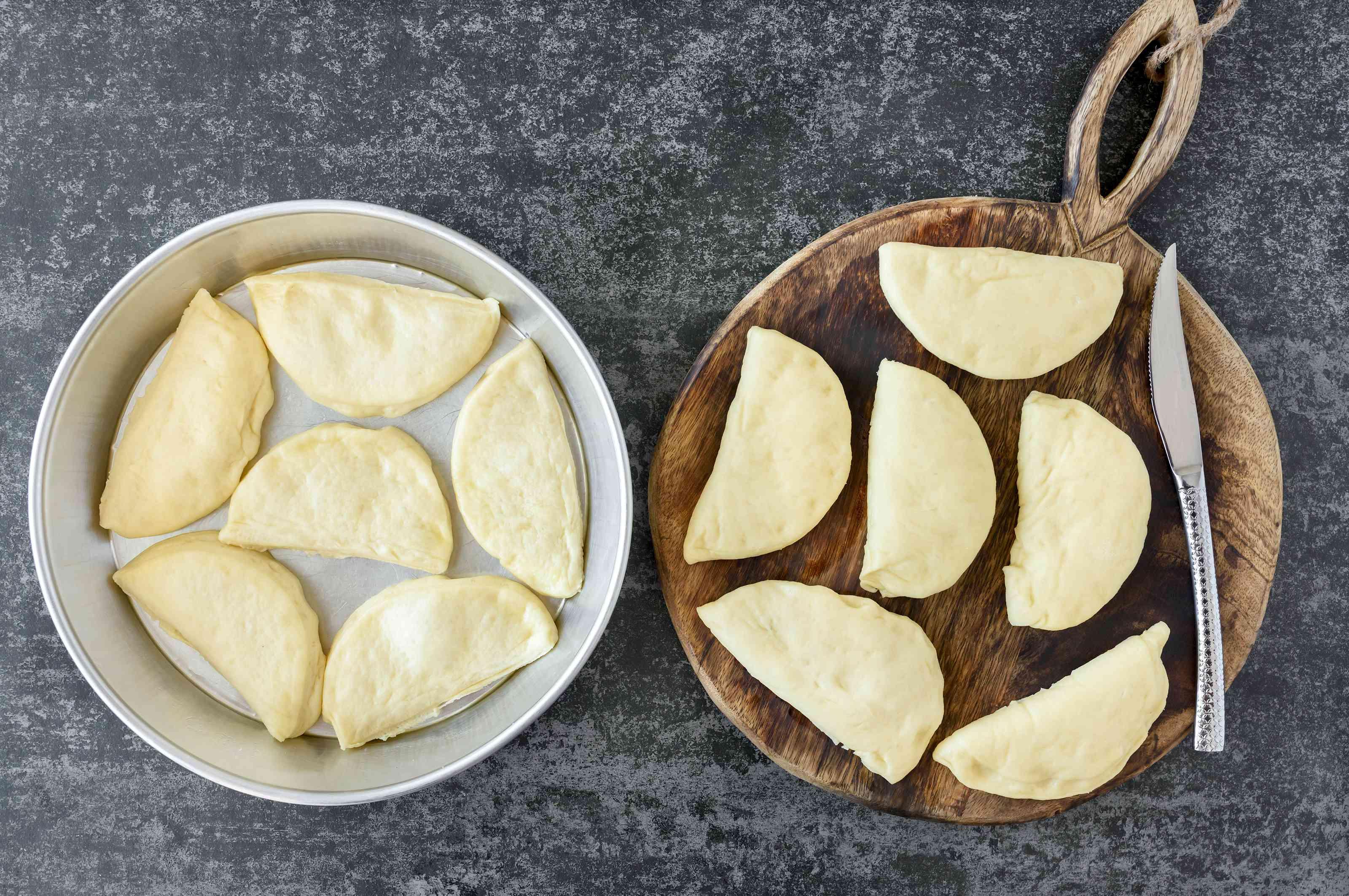 Slice yeast rolls