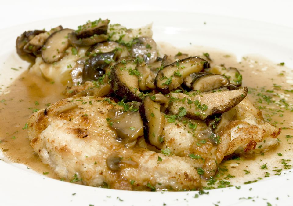 Close up of chicken Marsala.