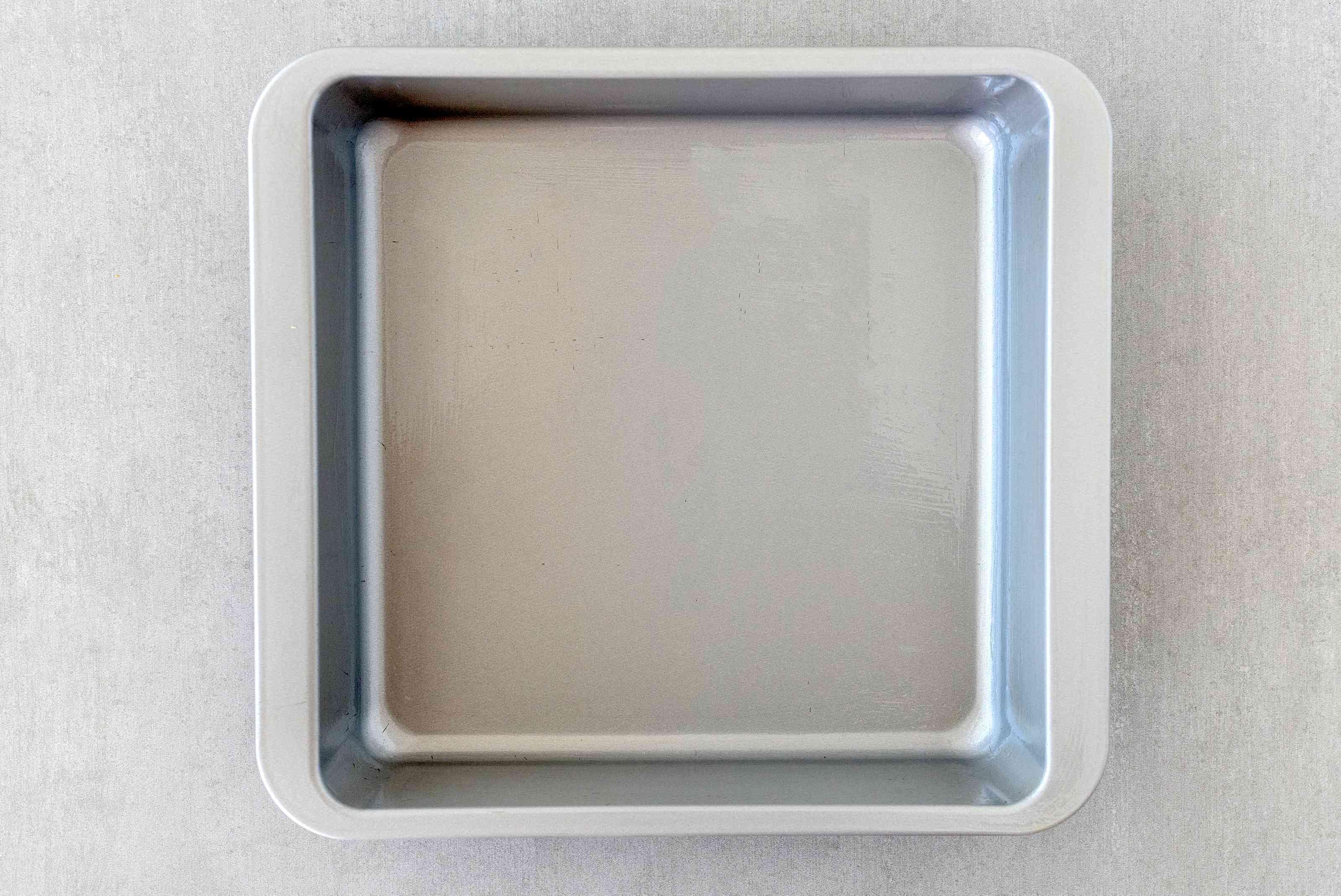 Lightly oil pan
