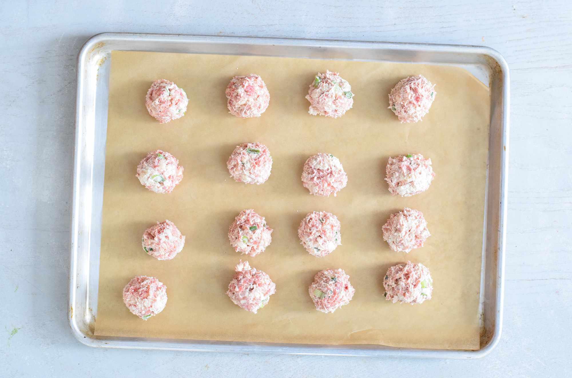 bisquick-sausage-balls-4778066-03