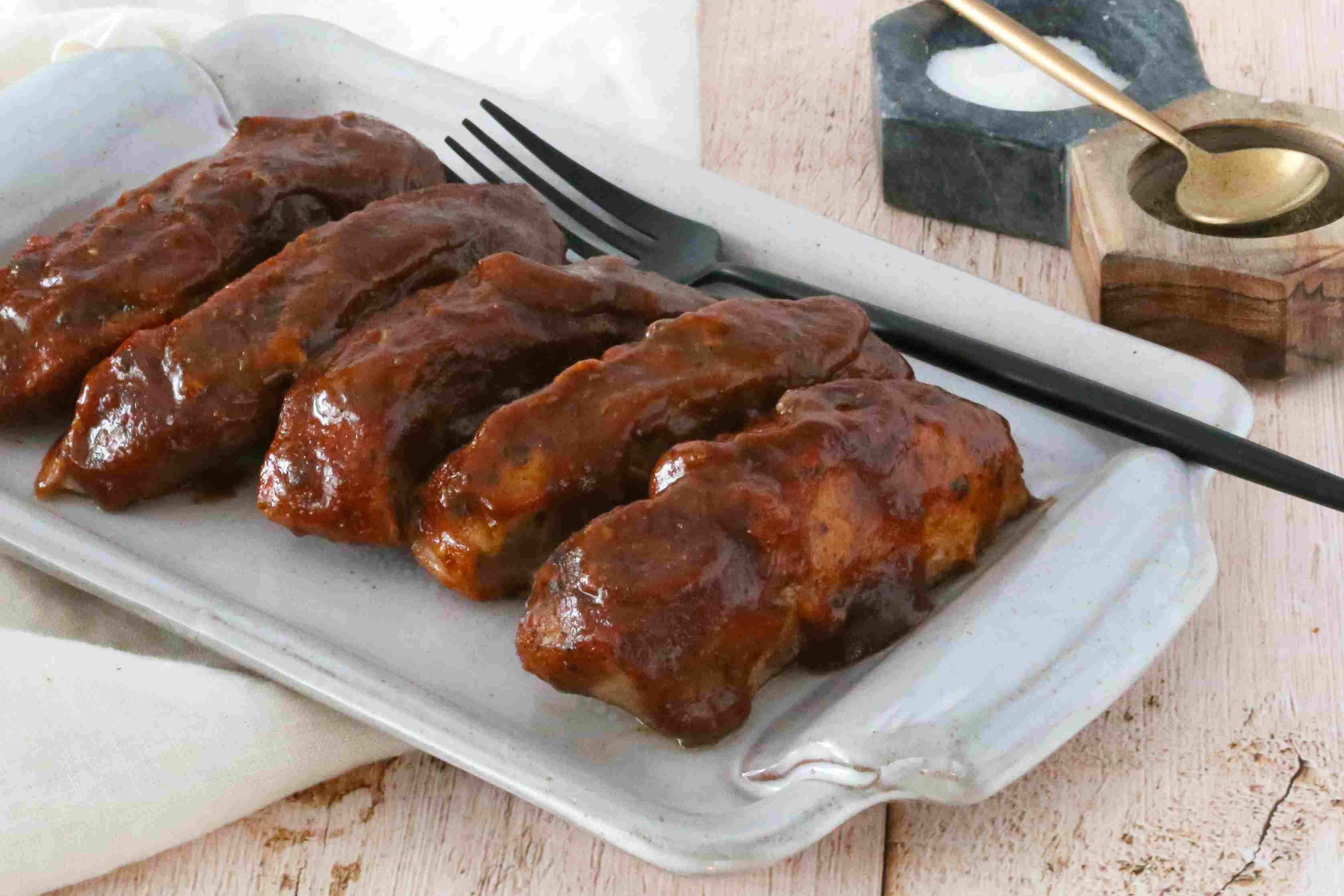 Baked country-style ribs on a platter