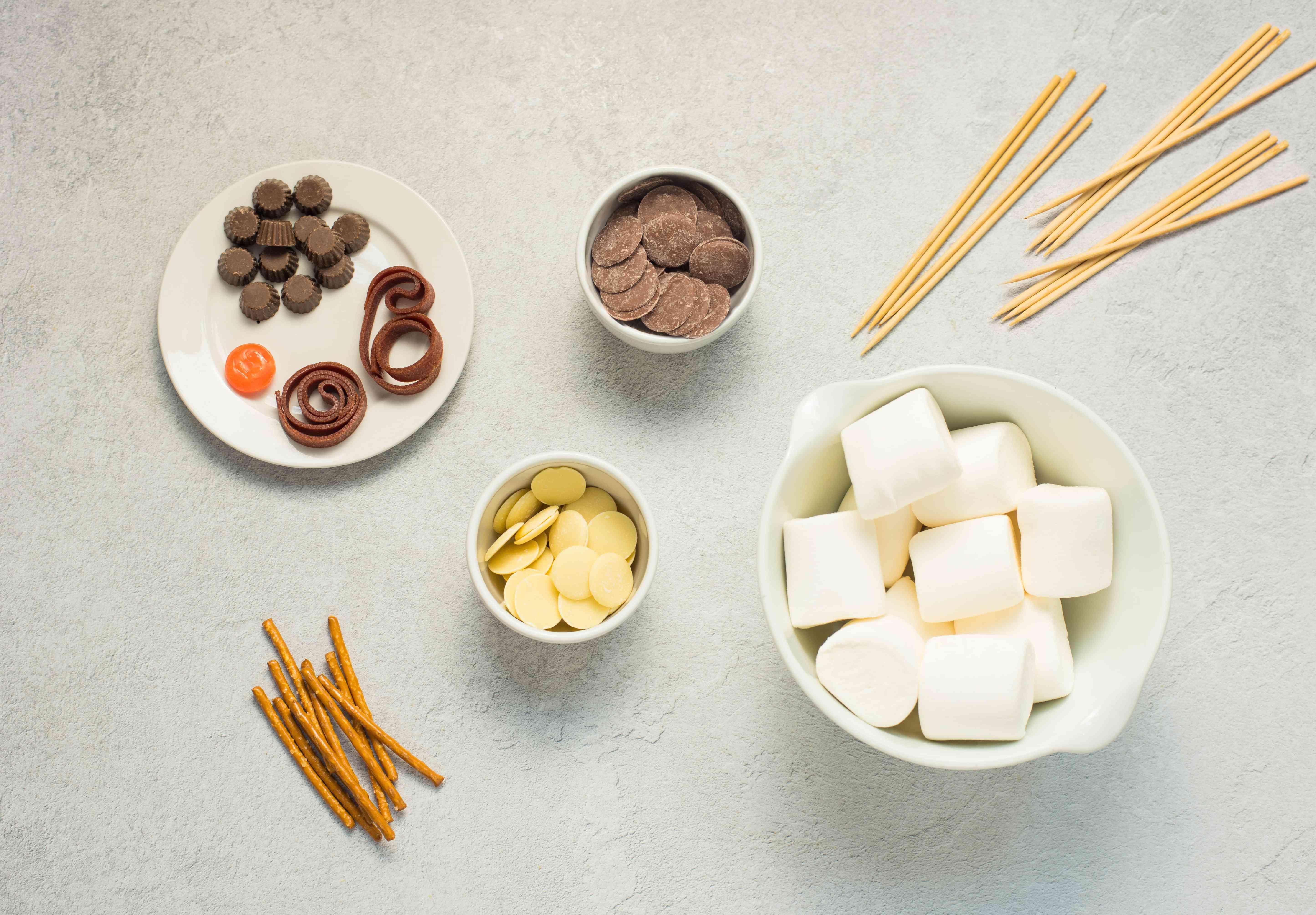 Ingredients for marshmallow snowmen