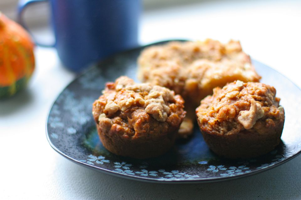 Low Fat Applesauce Oatmeal Muffins Recipe