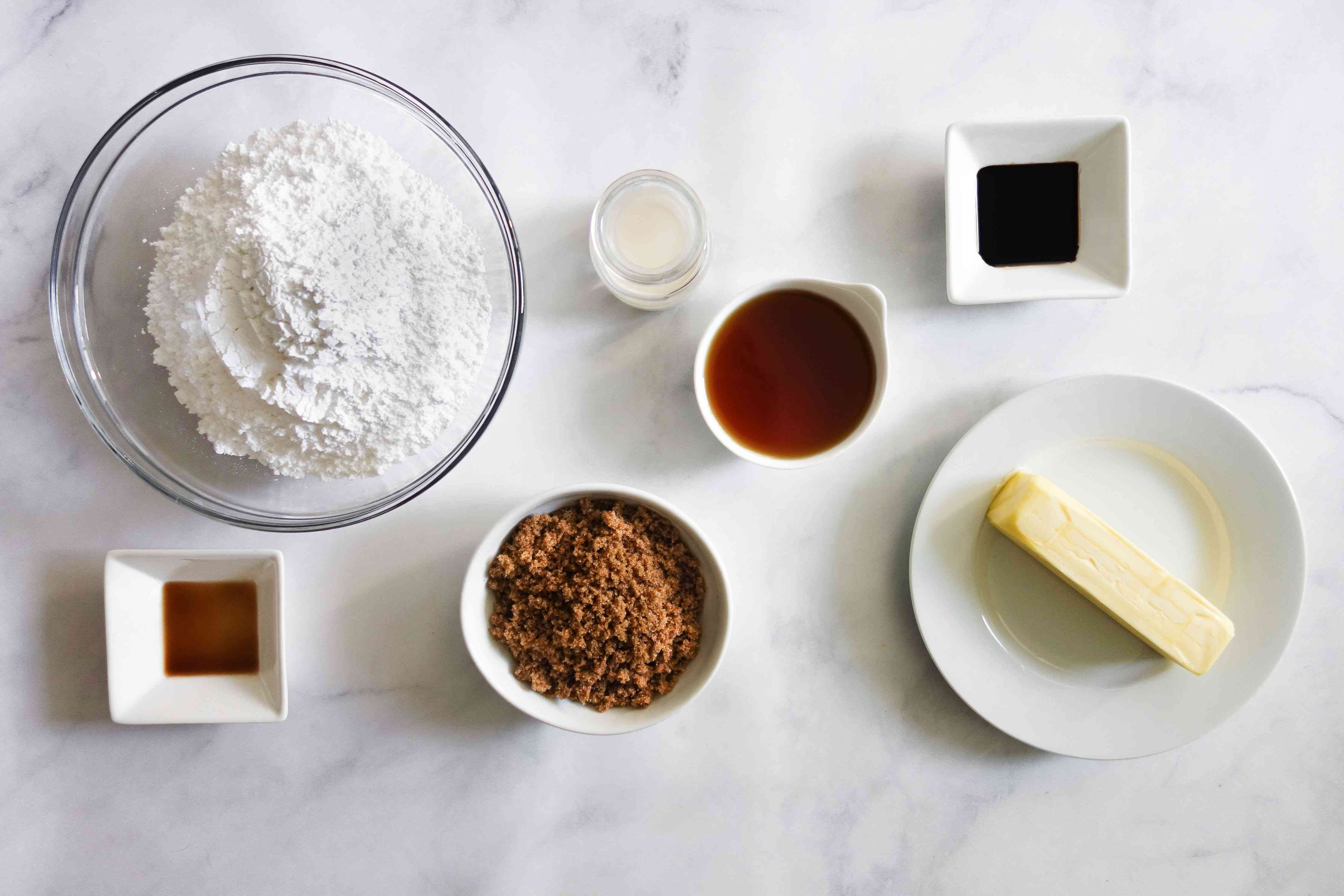 Fluffy Maple Frosting ingredients