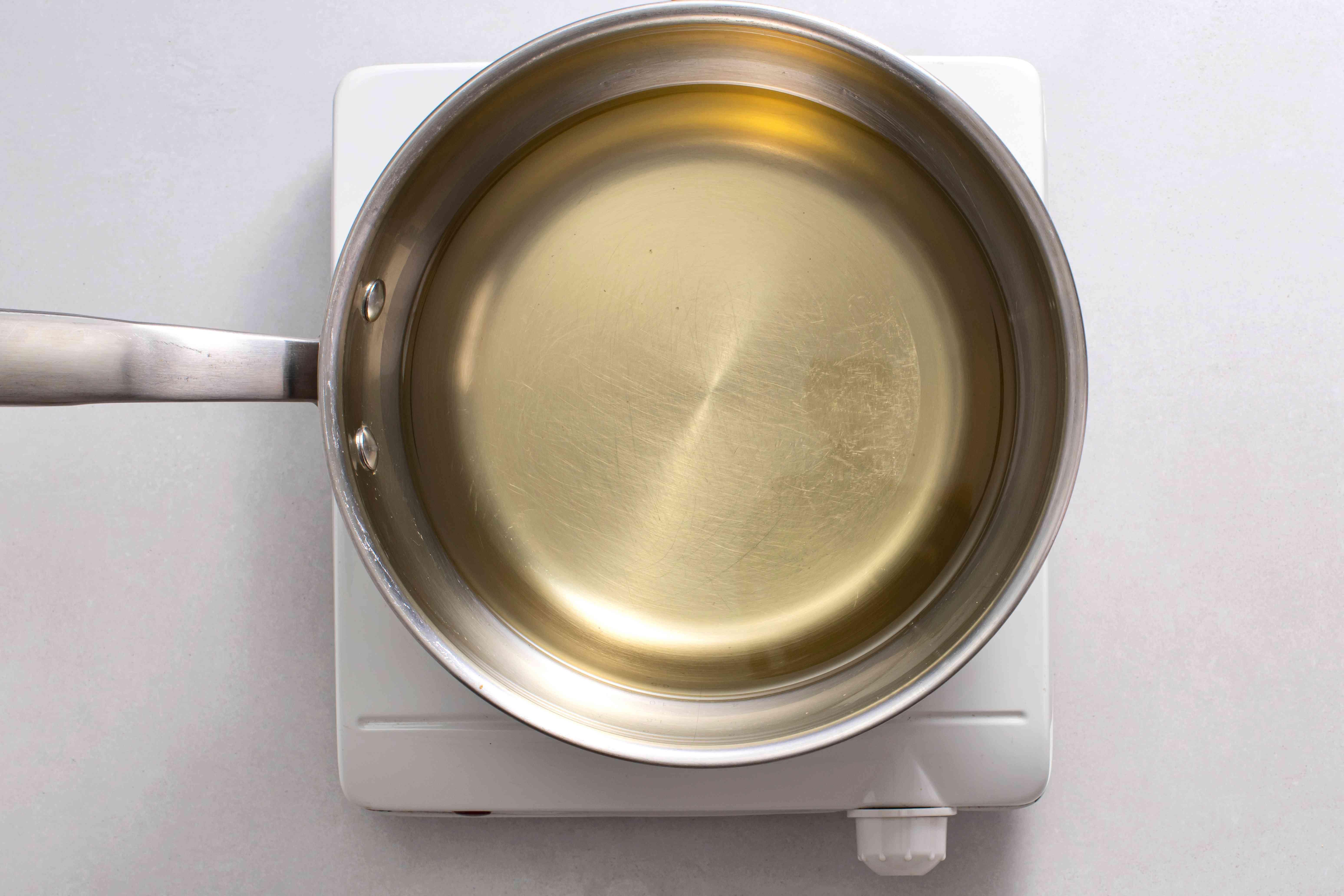 oil in a pot