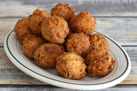 Easy Hush Puppies With Cream Style Corn