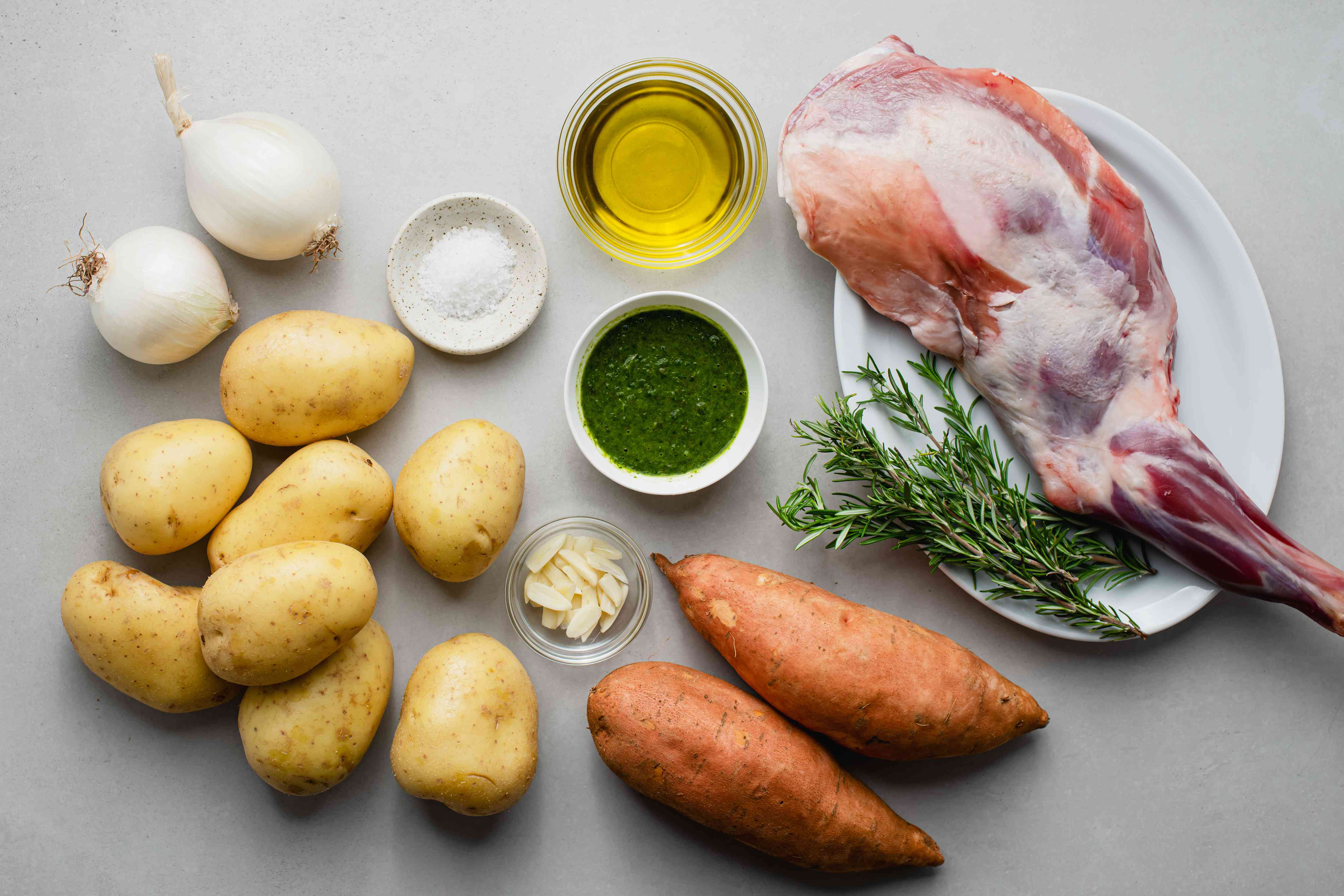 Traditional Lamb Shoulder Roast ingredients