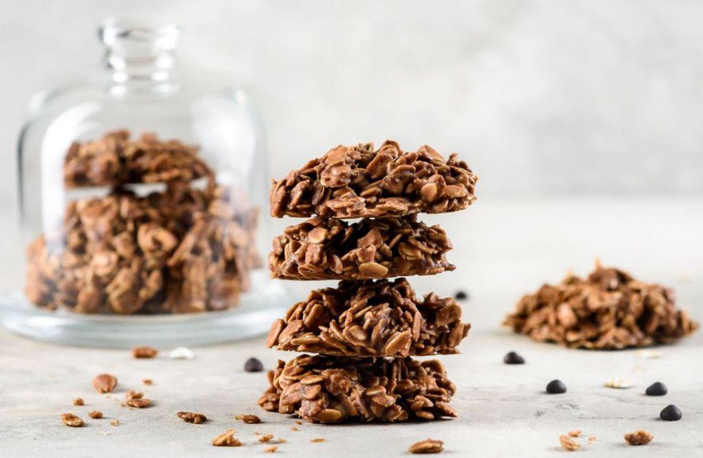 Vegan Chocolate Peanut Butter No-Bake Cookies