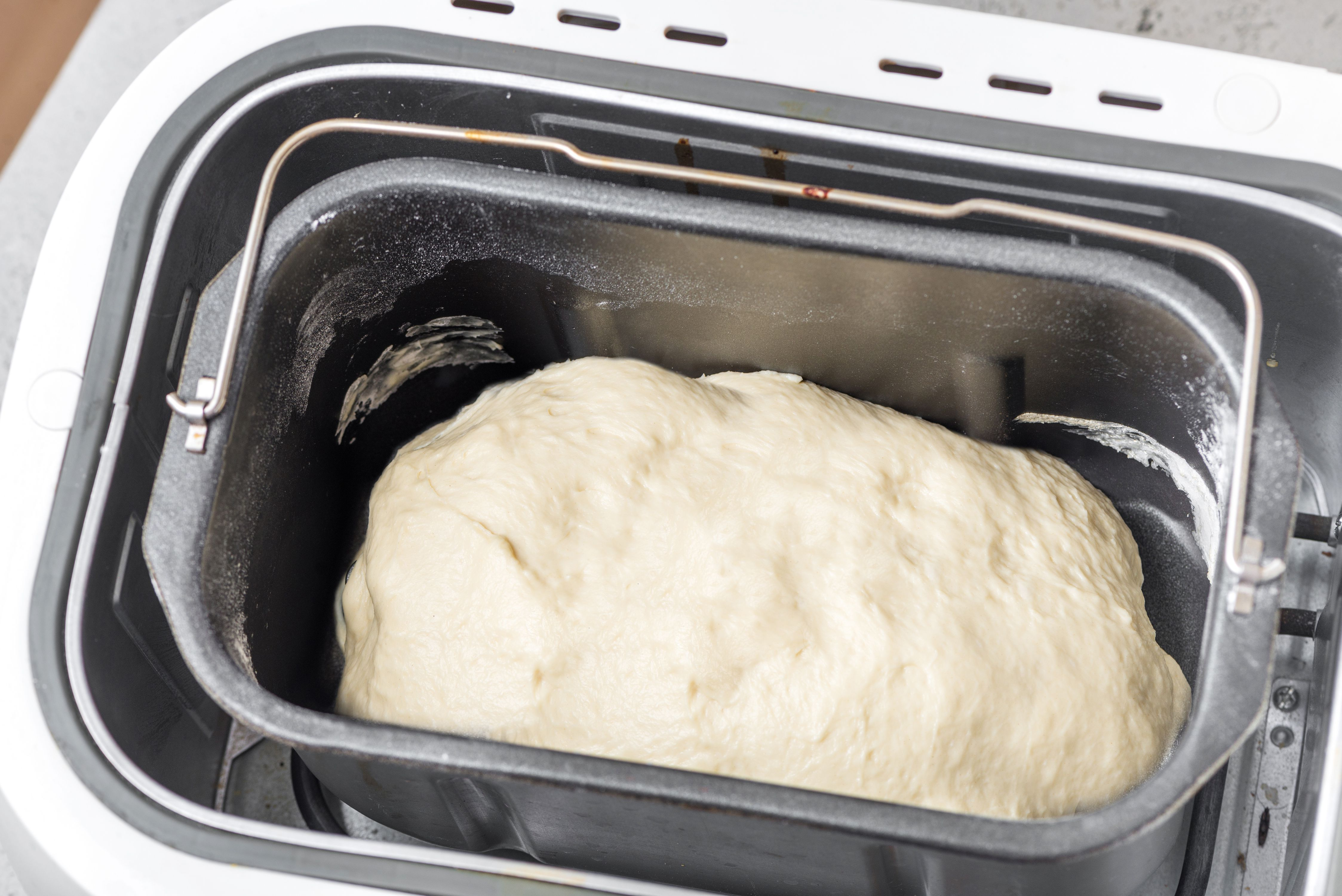 Dough forming in the bread machine