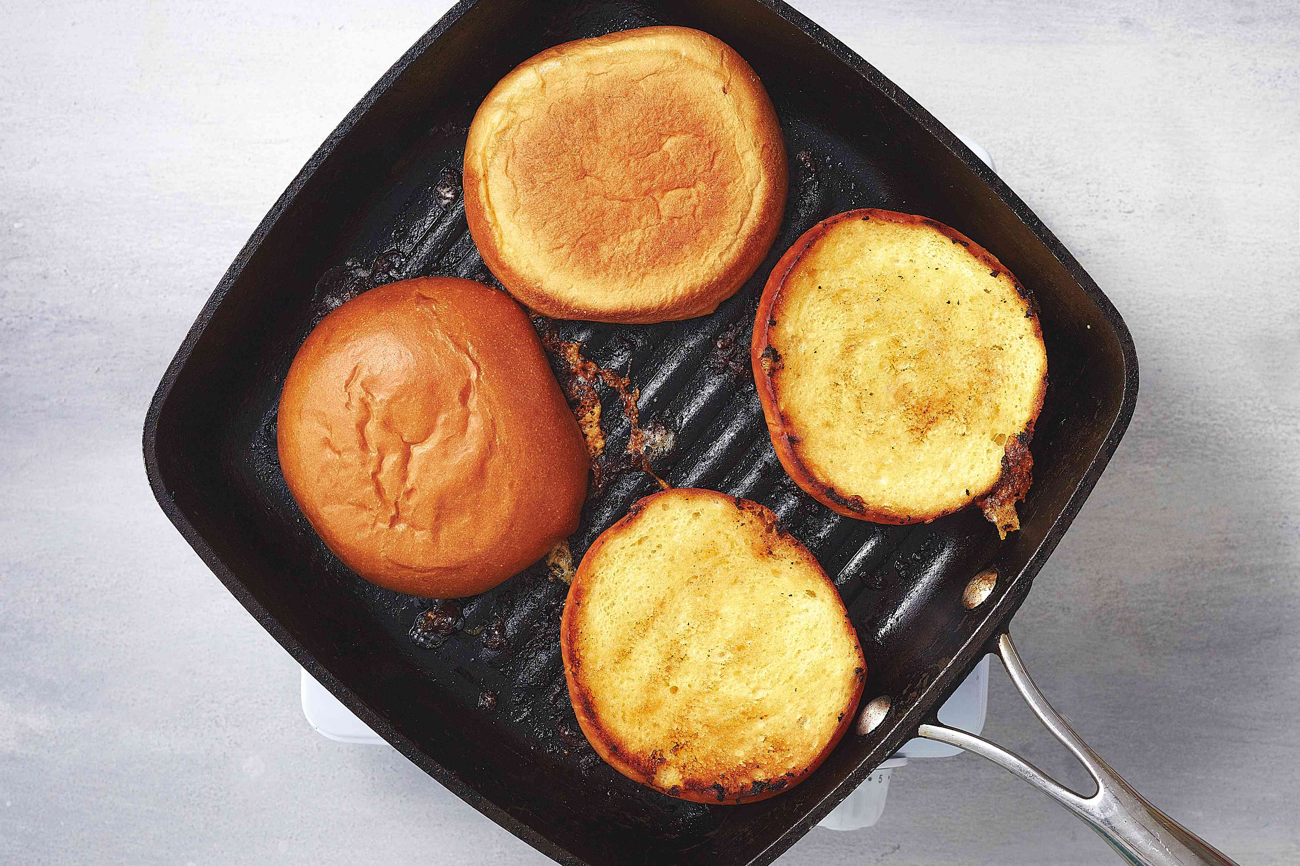 toasting buns on a grill pan