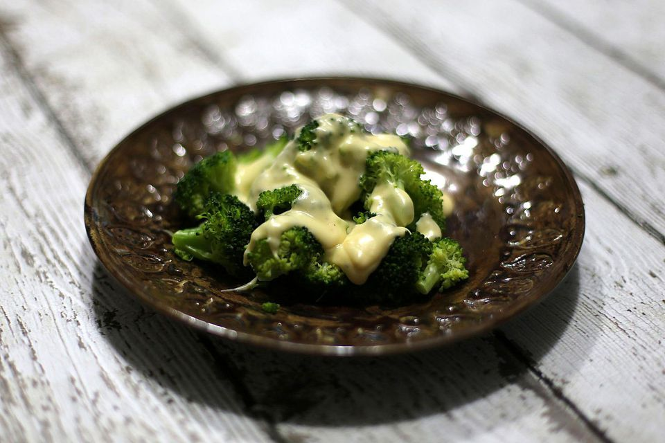 Easy Broccoli with Cheese Sauce