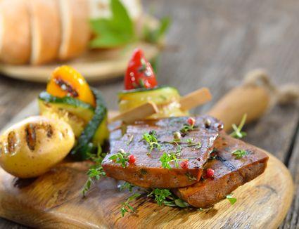 Grilled seitan steaks