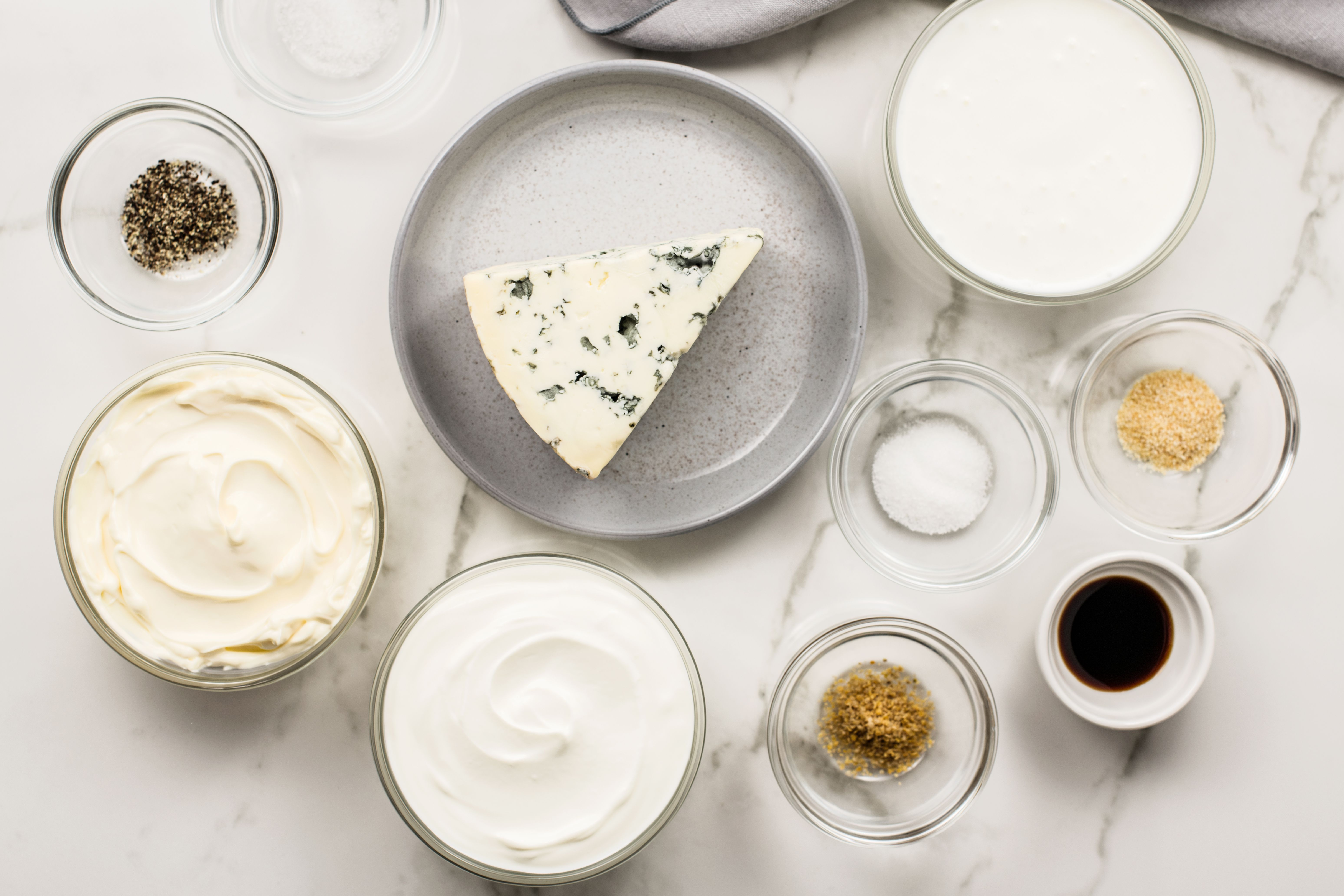 Ingredients for making blue cheese dressing
