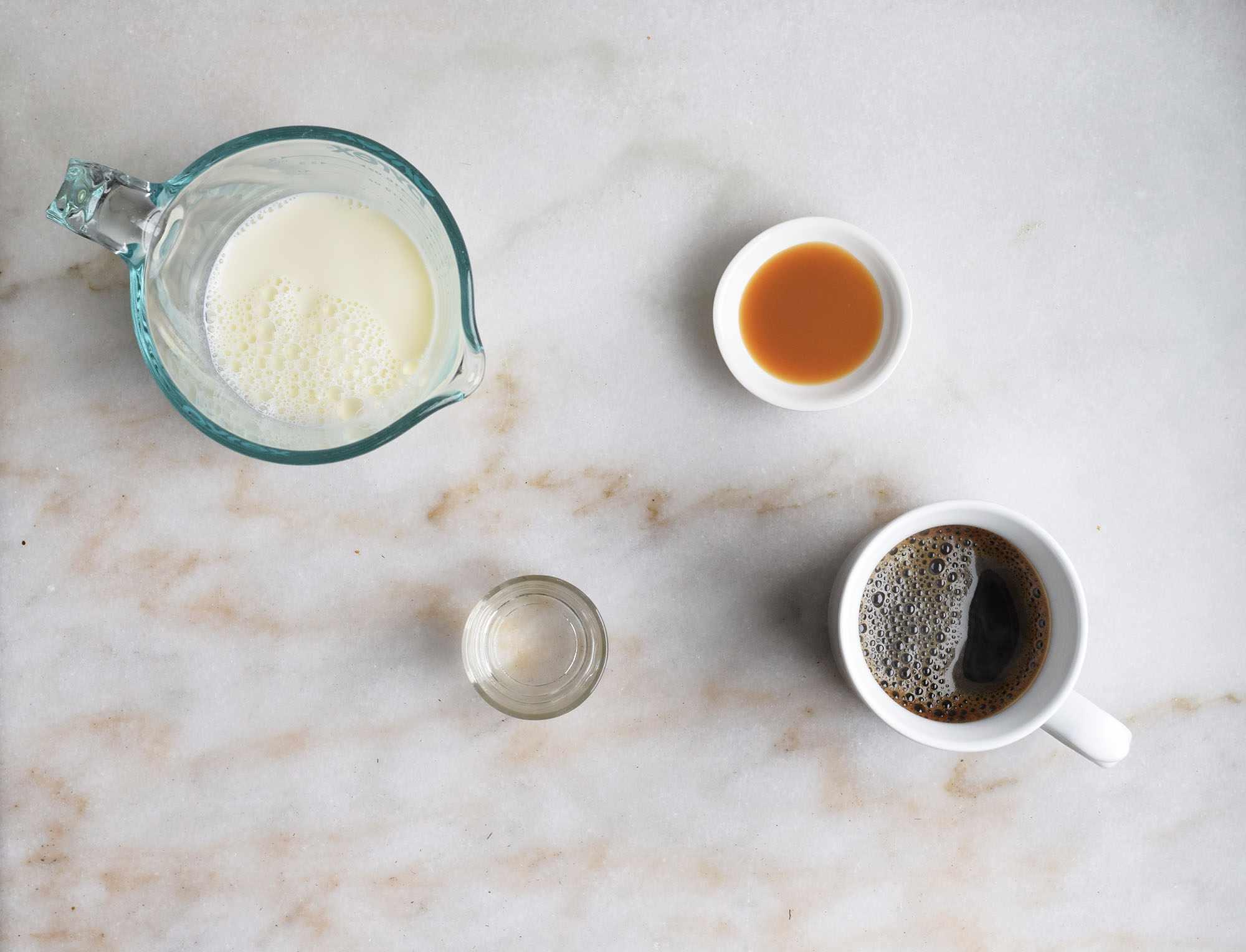 ingredients for hot caramel macchiato
