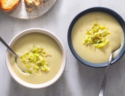 Irresistible French Potato and Leek Soup