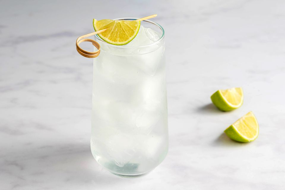Gin rickey cocktail