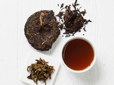 Neem Tea: Health Benefits, Precautions, and Recipes