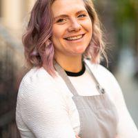 headshot for associate food editor Lauryn Bodden