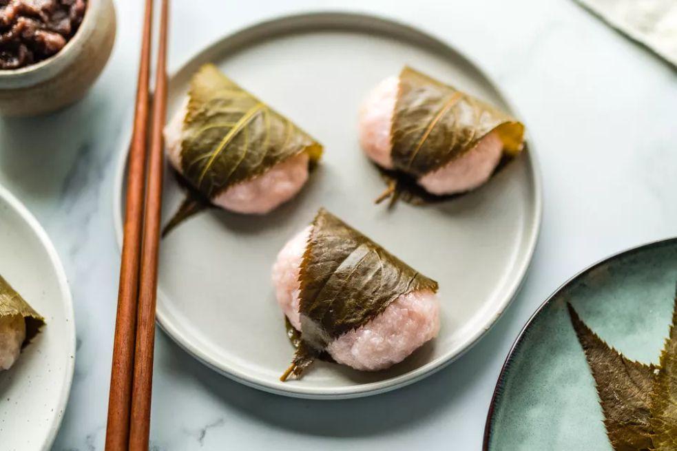 Sakura Mochi (Cherry Blossom Sweet Rice Cakes)