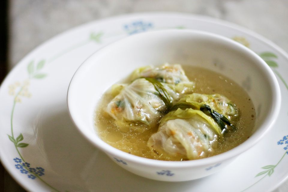 Vietnamese cabbage rolls soup
