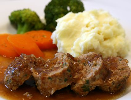 Meat loaf with gravy sauce